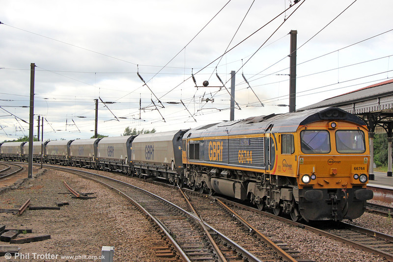 66744 'Crossrail' at York with 6H37, 1512 Tyne Dock to Drax on 3rd July 2013.