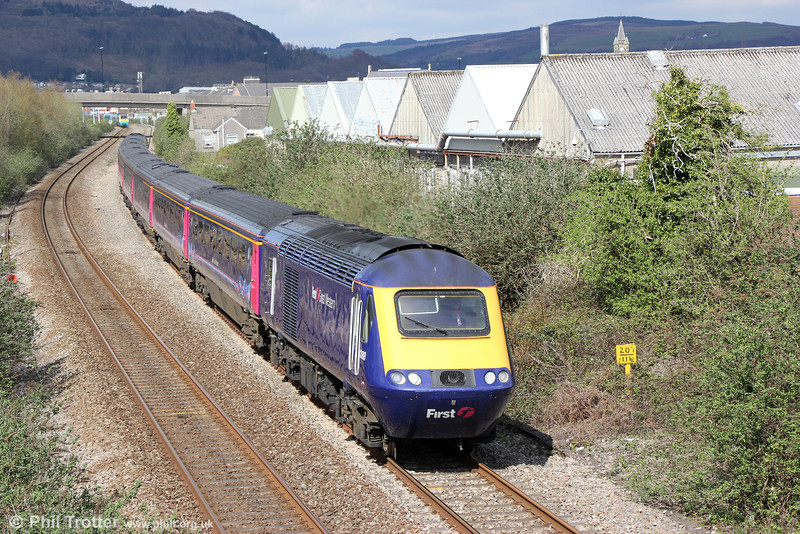 43188 passes Melincryddan with 1L76, 1528 Swansea to London Paddington on 27th April 2013.