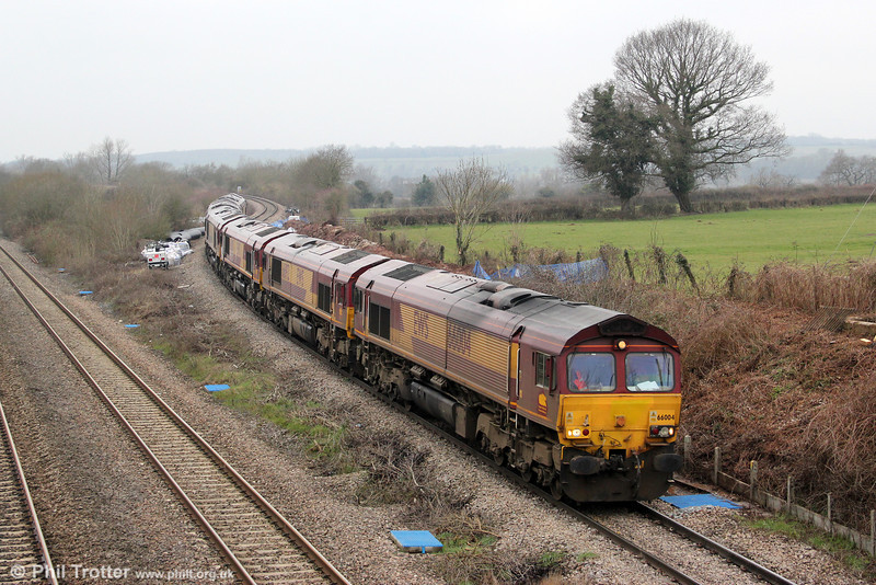 66004, 66192, 66008, 66074, 66150 and 66221 running as 0X12, 1025 Margam to Westbury pass Llandevenny on 23rd March 2013.