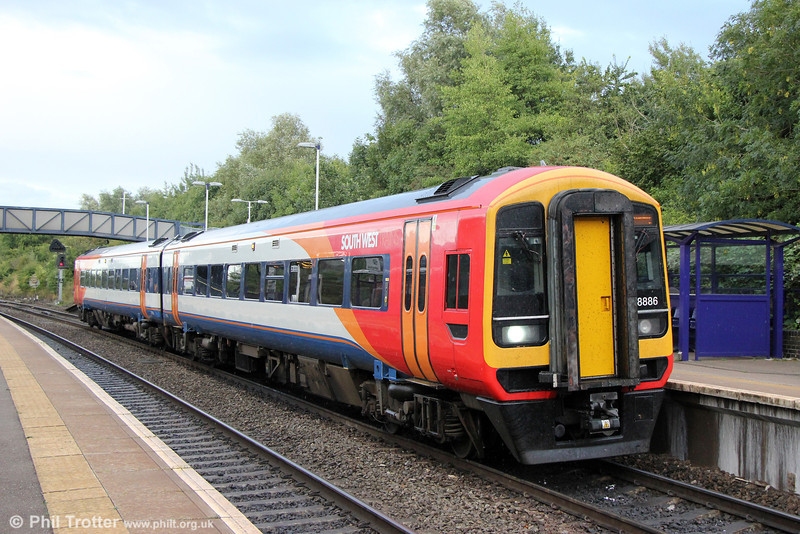 On-hire 158886 calls at Filton Abbey Wood forming FGW's 2F98, 1650 Great Malvern to Westbury on 7th September 2013.