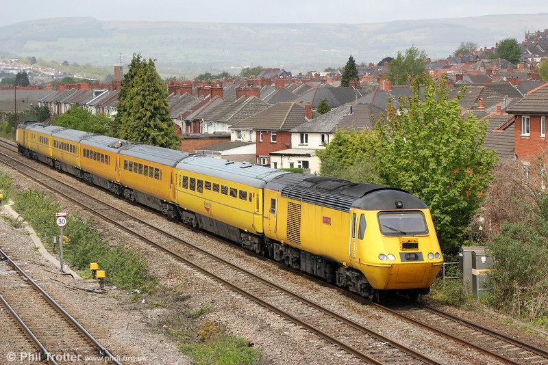 43062 'John Armitt' passes East Usk with NMT 1Z20, 1010 Swansea to Derby RTC on 10th May 2013.