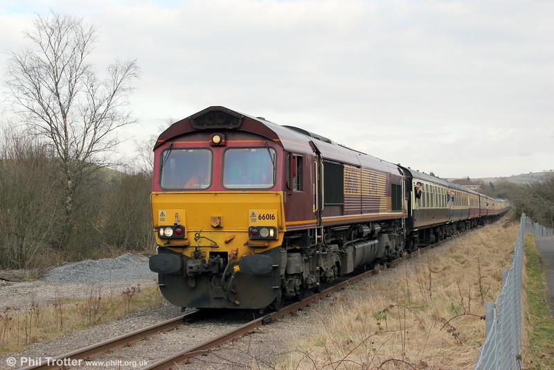 66016 is seen at Gwaun Cae Gurwen with UK Railtours 1Z66, 1520 Gwaun Cae Gurwen to London Paddington, 'The Amman Valley Ranger' on 9th March 2013.