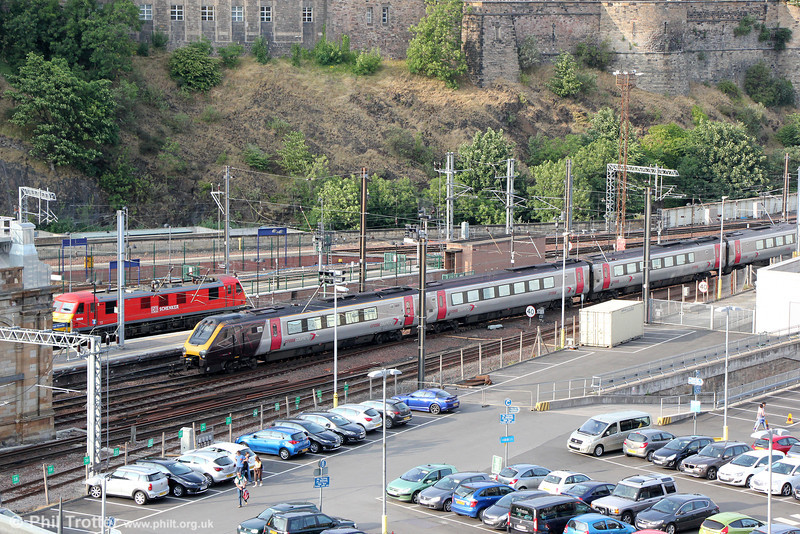 220032 at Edinburgh Waverley forming 1S47, 0828 Penzance to Glasgow Central on 12th July 2013.