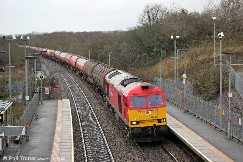 60092 passes Llanharan with 6B13, 0504 Robeston to Westerleigh on 18th January 2014.