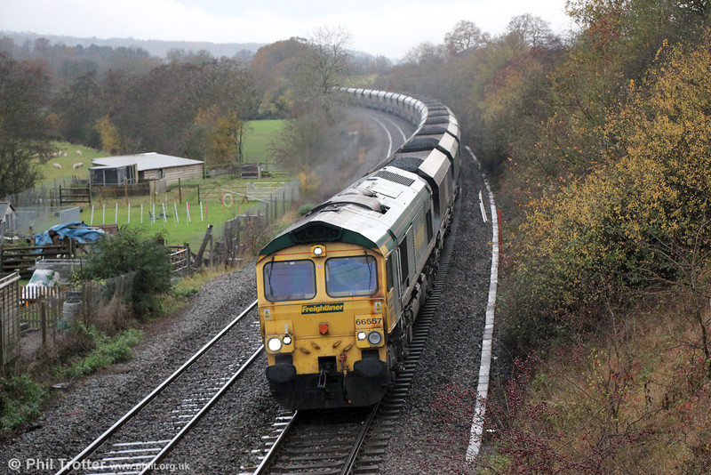 66557 passes St. Devereux with 6M55, 0702 Avonmouth to Rugeley Power Station on 22nd November 2014.