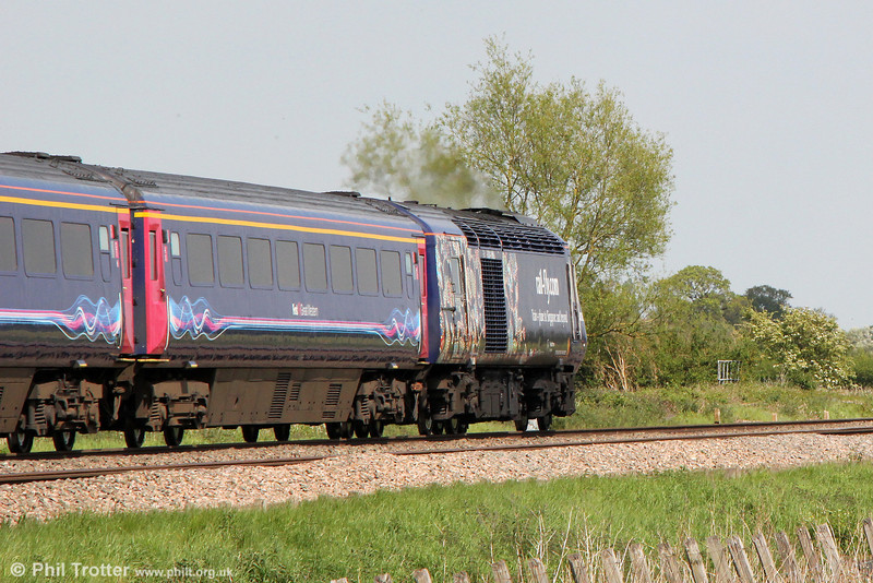 Rail-Fly liveried 43163 passes Shrivenham with 1L62, 1222 Swansea to London Paddington on 17th May 2014.