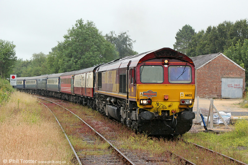 66133 approaches Llandovery with Pathfinder's 1Z25, 0625 Banbury to Llandrindod Wells, 'The Heart of Wales Rambler' on 12th July 2014.
