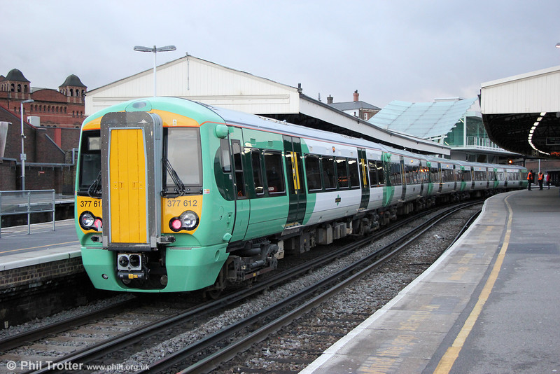 377612 at Clapham Junction forming 2Y05, 1443 London Victoria to Dorking on 16th January 2014.