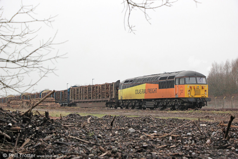 56094 waits to leave the loading point at Baglan Bay with 6Z51, 1526 to Chirk (Kronospan) on 30th January 2014.
