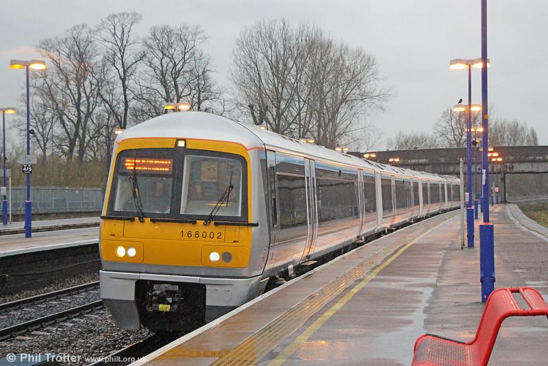 Chiltern's 168002 calls at Banbury forming 1H62, 1455 Birmingham Moor Street to London Marylebone on 29th January 2014.