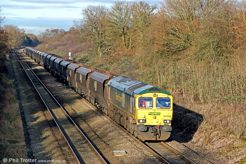66956 at Haresfield with 4V47, 1115 Rugeley Power Station to Stoke Gifford on 17th January 2014.
