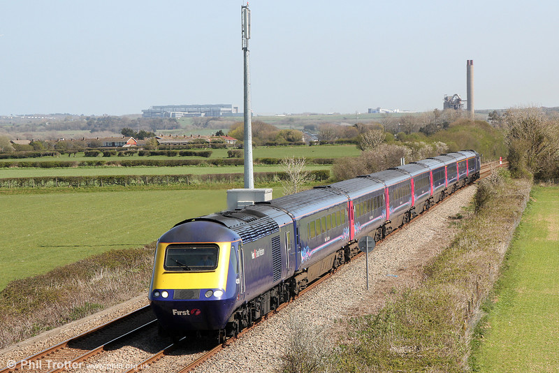 43159 passes St. Athan at the head of 1B25, 1033 London Paddington to Carmarthen on 13th April 2014.