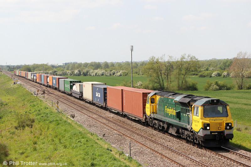 70015 passes Bourton with 4O51, 1057 Wentloog  to Southampton on 17th May 2014.