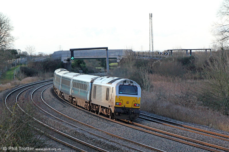 67014 brings up the rear of 1V91, 0533 Holyhead to Cardiff Central on 27th December 2017.