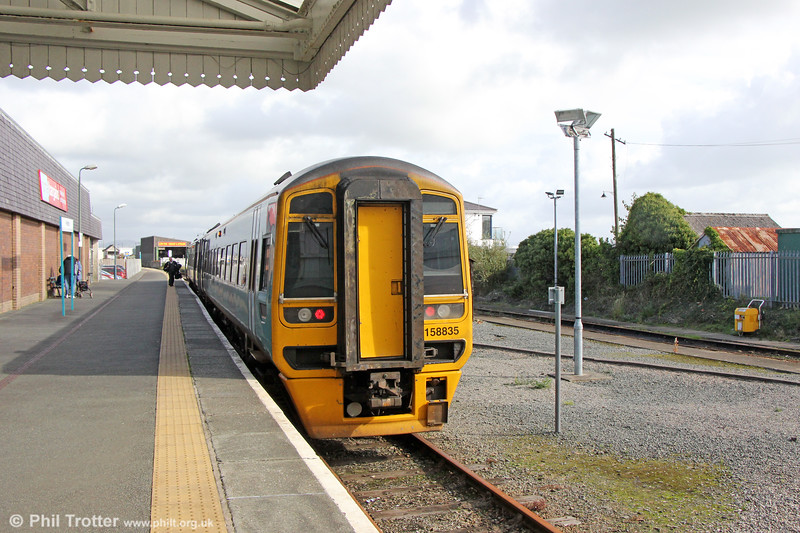 158835 at Pwllheli, having arrived forming 2J07, 1055 from Machynlleth on 9th October 2019.