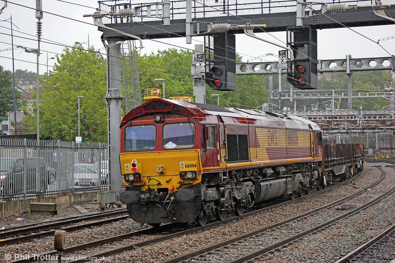 66006 at Newport, bringing up the rear of 6Z31, 1500 East Usk Branch (Birdport) to Scunthorpe on 23rd September 2019.