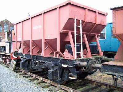 HKV iron ore hoppers