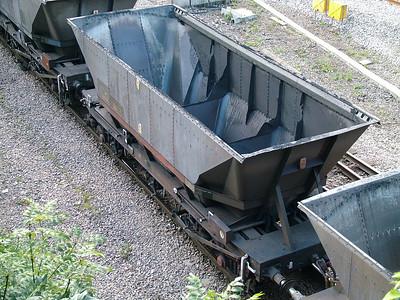 HMA MGR coal hopper with modified brakes