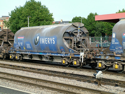 Imerys JIA bogie covered hopper 33-70-0894-013-8 at Newport, 30th August 2005
