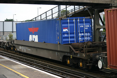 KTA 'Pocket' Intermodal wagons
