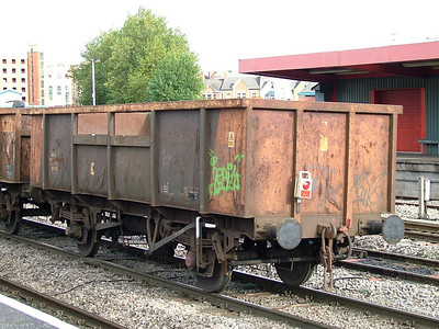 MKA 'Limpet' spoil wagons
