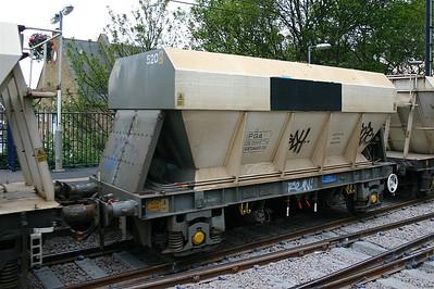 PGA Hopper Wagons