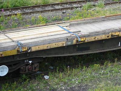 YQA 'Parr' DC967517 at Tonbridge West Yard, 11th July 2004 - details...