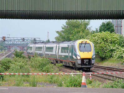222009 at Burton on Trent - livery is Midland Mainline but with East Midlands Trains branding