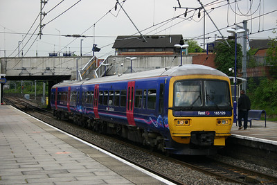 165129 - First Great Western 'Dynamic Lines'
