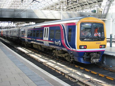 2004-04-22 - Manchester Piccadilly