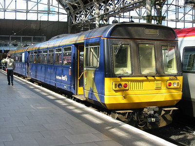 142005_ManchesterPiccadilly_220404c
