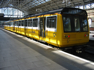 142045_ManchesterPiccadilly_220404a