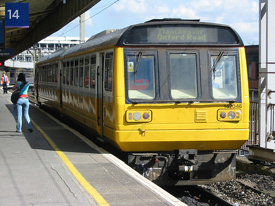 142046_ManchesterPiccadilly_220404c