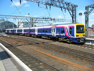 323237_ManchesterPiccadilly_220404b