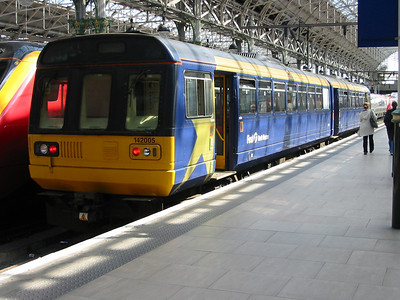 142005_ManchesterPiccadilly_220404b