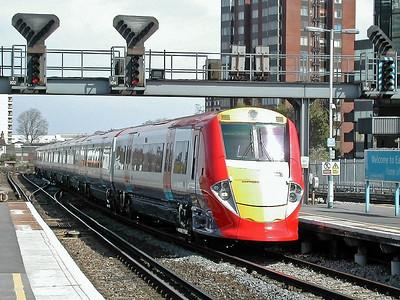 460003 at East Croydon