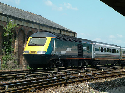 43070 passes Exeter St Davids on hire to Virgin Cross Country