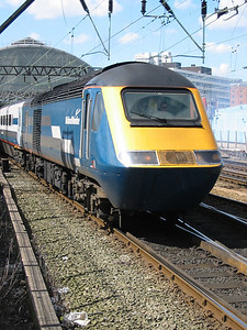 43088_ManchesterPiccadilly_220404c