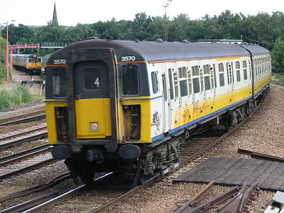 4-VEP 3570 at Tonbridge