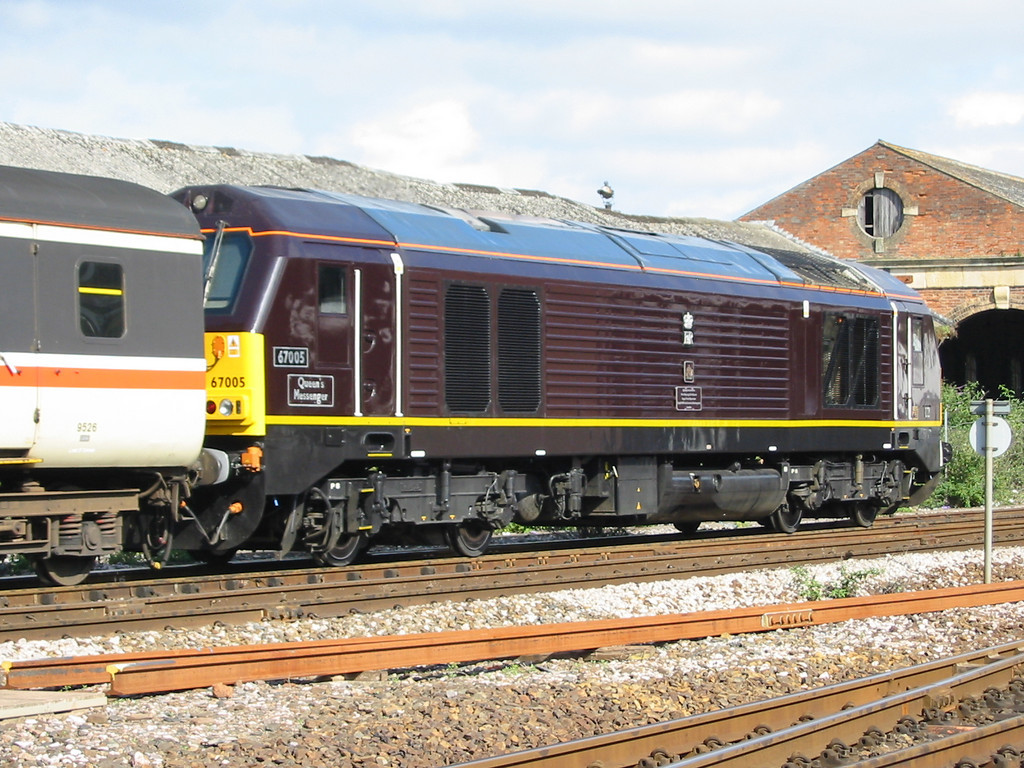 During summer 2004 Virgin Trains hired in loco hauled coaching stock sets using EWS class 67s as power, 67005 is seen at Exeter St Davids