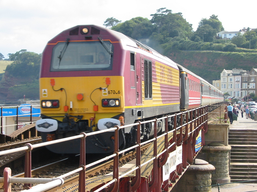 During summer 2004 Virgin Trains hired in loco hauled coaching stock sets using EWS class 67s as power, 67006 is seen at Dawlish