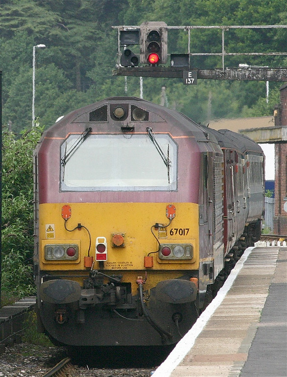 67017 on the rear of a First Great Western loco hauled service leaving Exeter St Davids