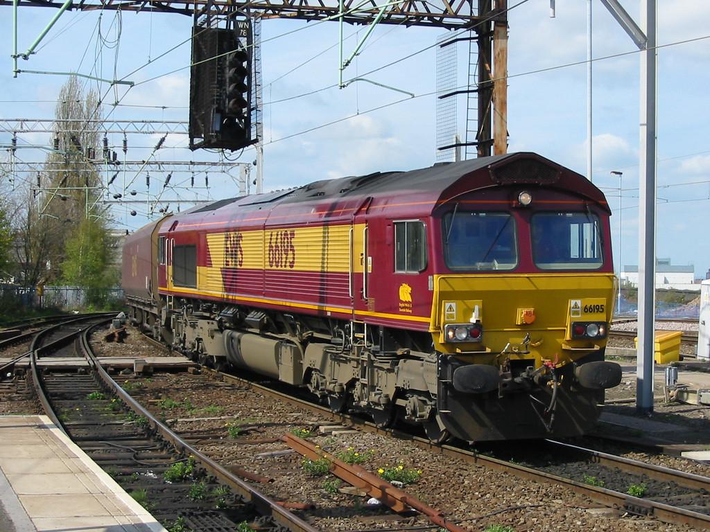 66195_Wolverhampton_230404