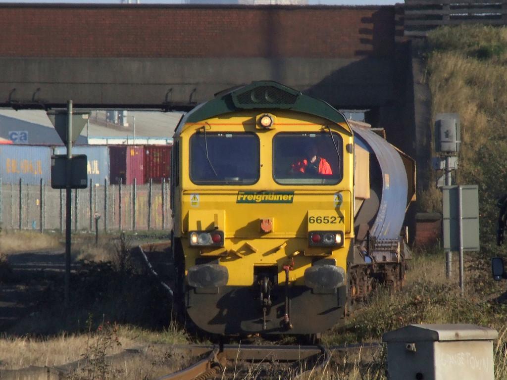 66527_Grangemouth_051007b