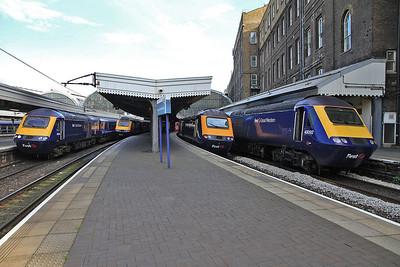 an impressive line up of 4 FGW HST sets at London Paddington - 15/03/14.