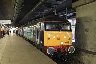 47853, Manchester Victoria, 2Z09 11.37 Additional to Preston - 13/12/14.