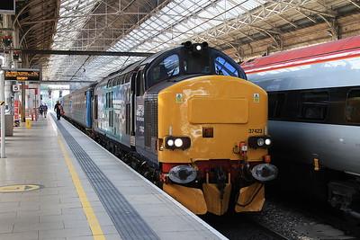 37423 (37419 rear), Preston, 2C47 10.04 to Barrow - 12/06/15.