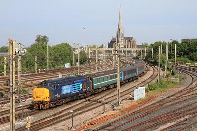 37419 (37423 rear) arr Preston, 2C32 05.15 ex Carlisle - 12/06/15.