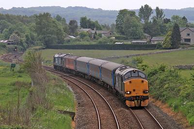 37606 (37402 rear) leaving Silverdale, 2C31 17.31 Lancaster-Barrow - 13/06/15.