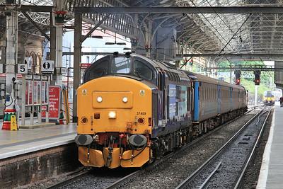 37409 (37419 rear), Preston, 2C47 10.04 to Barrow - 19/06/15.